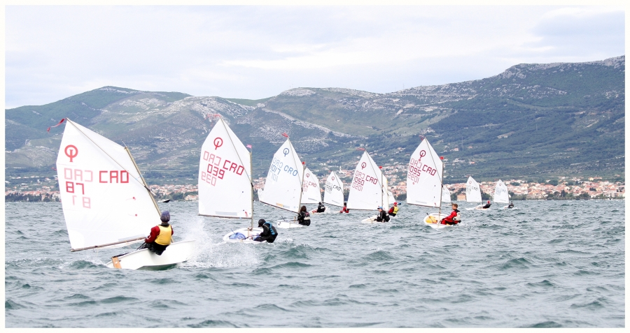 optimist 16 26 20140512 1309973442